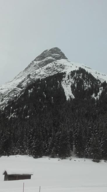 Ein Bild zum Beitrag Ski Feri!