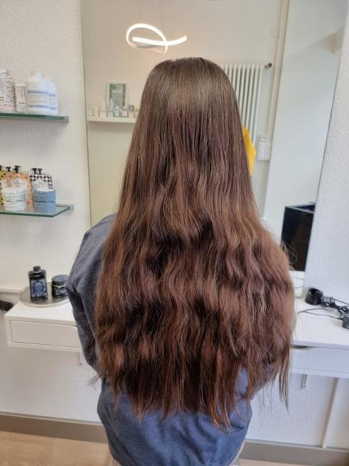 Ein Bild zum Beitrag Schnipp schnapp Haare ab.....
